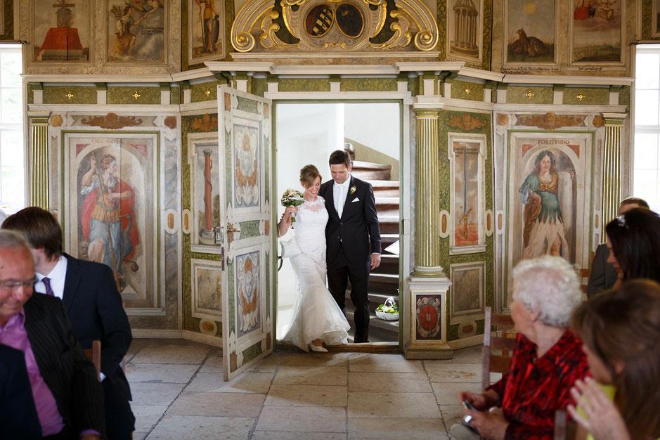 Hochzeitsfotograf Dresden, Hochzeit Hoflößnitz, Hoflößnitz Hochzeit, Standesamt Schloss Hoflößnitz, Fotograf Hochzeit Dresden, Hochzeit Hoflößnitz Radebeul, Hochzeit Hoflößnitz, Hochzeit in Dresden, Heiraten in Dresden, heiraten auf Schloss Hofl