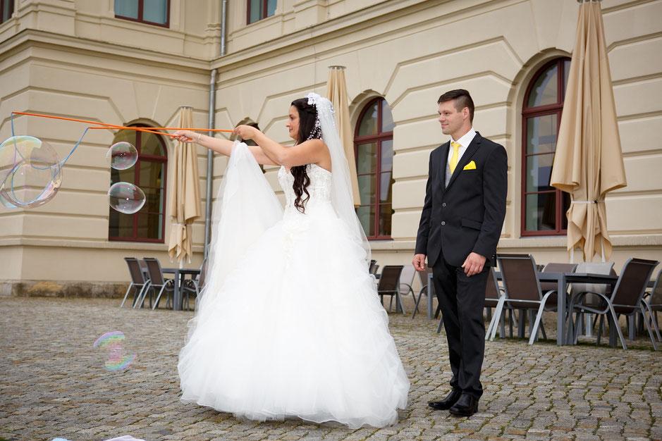 Hochzeitsfotograf Dresden, Hochzeit Dresden, freie Trauung Dresden, Hochzeit Hotel Suitess Dresden, Hochzeit Zeitlos Dresden, Heiraten im Zeitlos Dresden, Hochzeit Militärhistorisches Museum, Hochzeitsfotos Dresden