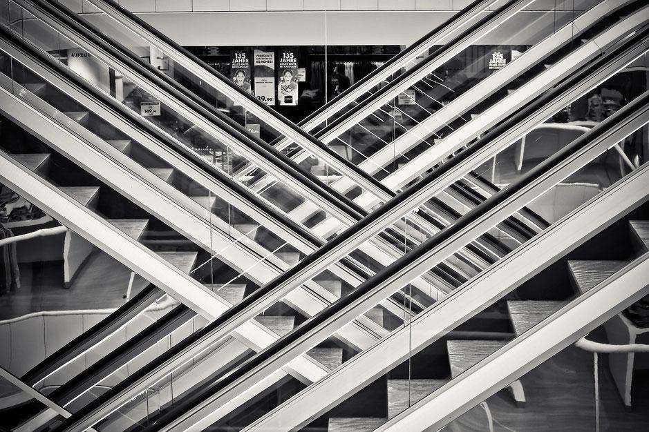 Rolltreppen eines Kaufhauses
