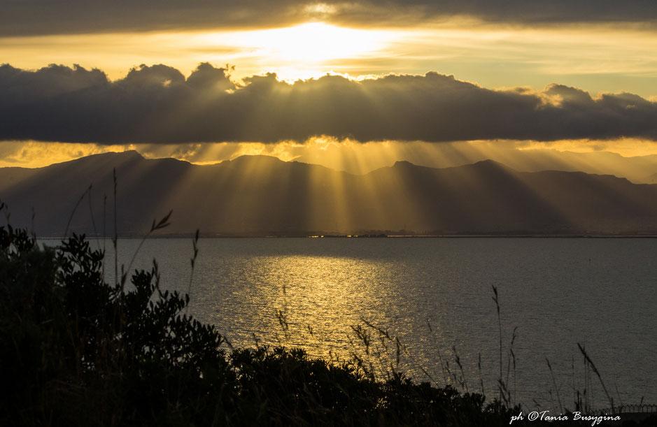 закат с холма Сант Илия в Кальяри