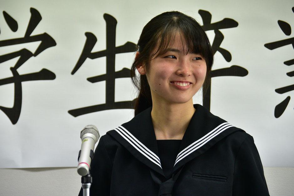 久米島高校普通科卒業、福岡県出身、江口千花さん