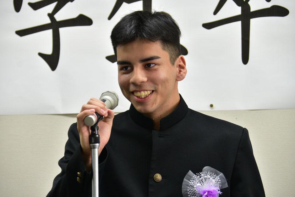 久米島高校普通科卒業、東京出身、松本一ロメルくん
