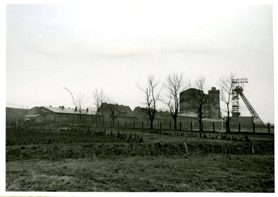 Schacht III in Rünthe, historische Aufnahme