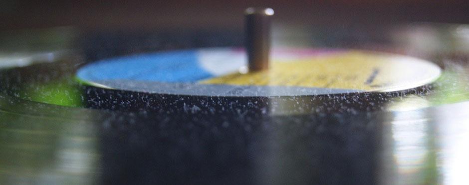 Küchentücher sollten zur Reinigung von Schallplatten nicht verwendet werden