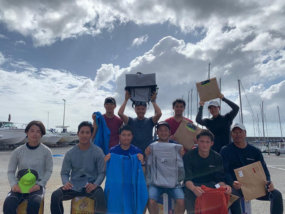 第三回江ノ島スナイプの入賞者の皆さん。優勝はSEAWARD 近藤・鈴木組でした!