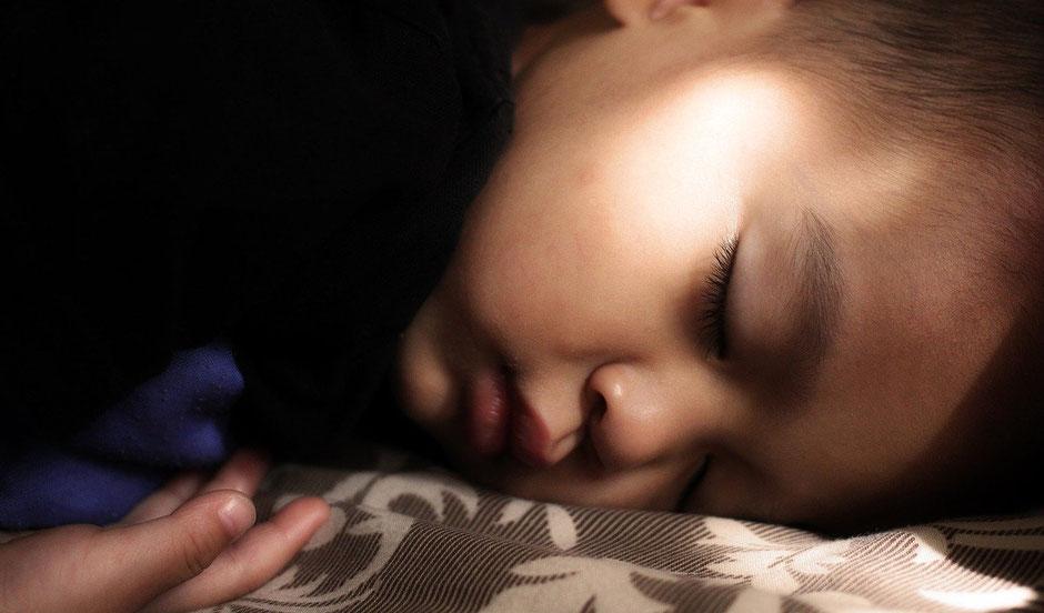 Klangschalenmassage für Kinder
