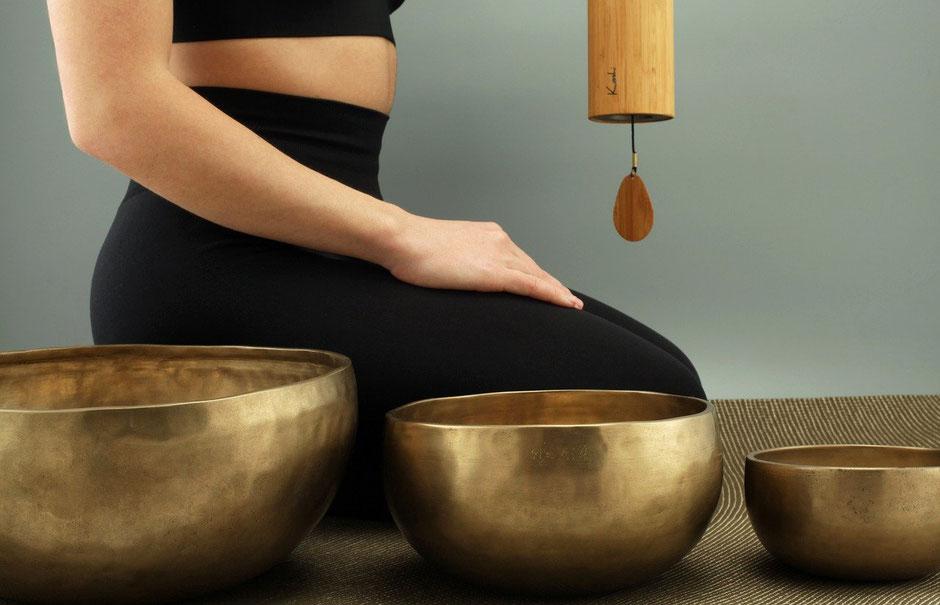 Klangschalen Massage für Schwangere