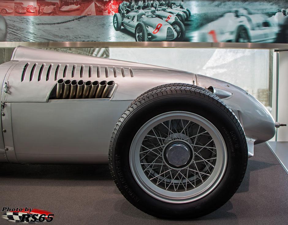 Auto Union V16 Typ C-D Bergrennwagen Audi museum mobile