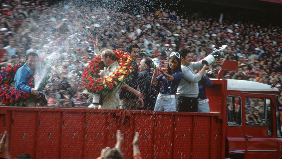 Richard Attwood feiert 1970 den ersten Gesamtsieg in Le Mans