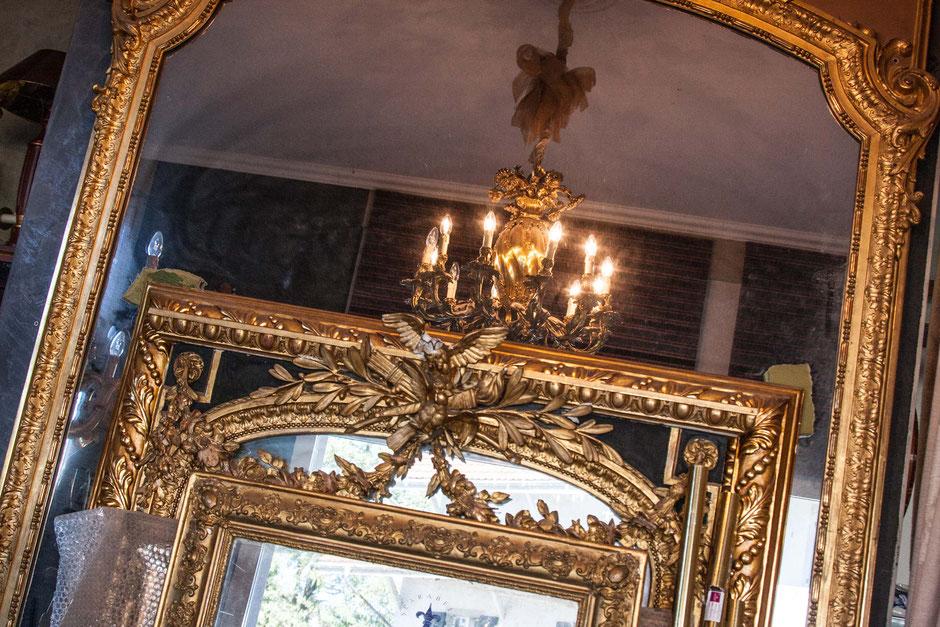 Antike-Dekor-Spiegel