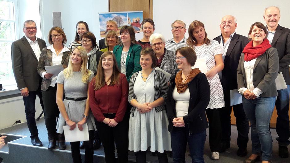 Der Ausbildungskurs nach der Übergabe der Zertifikate am 5. November in Trier; Foto: Familie&Betrieb