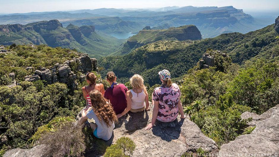 Vrijwilligers op berg in Zuid-Afrika
