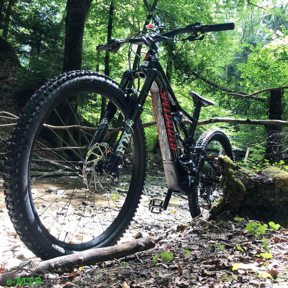 Das Specialized Turbo Levo Comp