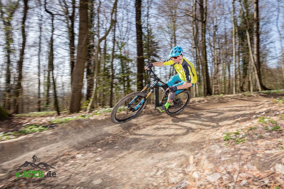e-Mountainbike-Reifen: Tubeless oder mit Schlauch?