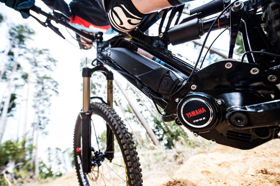 Nahaufnahme des Yamaha PW-X2 speziell für den Einsatz in e-Mountainbikes