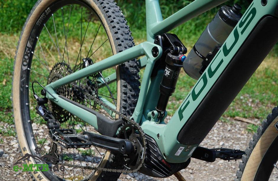 Thron: Allmountain e-Mountainbike mit F.O.L.D. Hinterbau