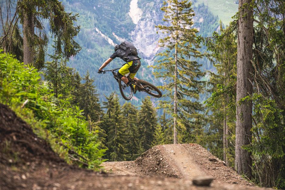 Haibike XDURO und SDURO Touren, Enduro, Downhill, Allmountain e-MTBs