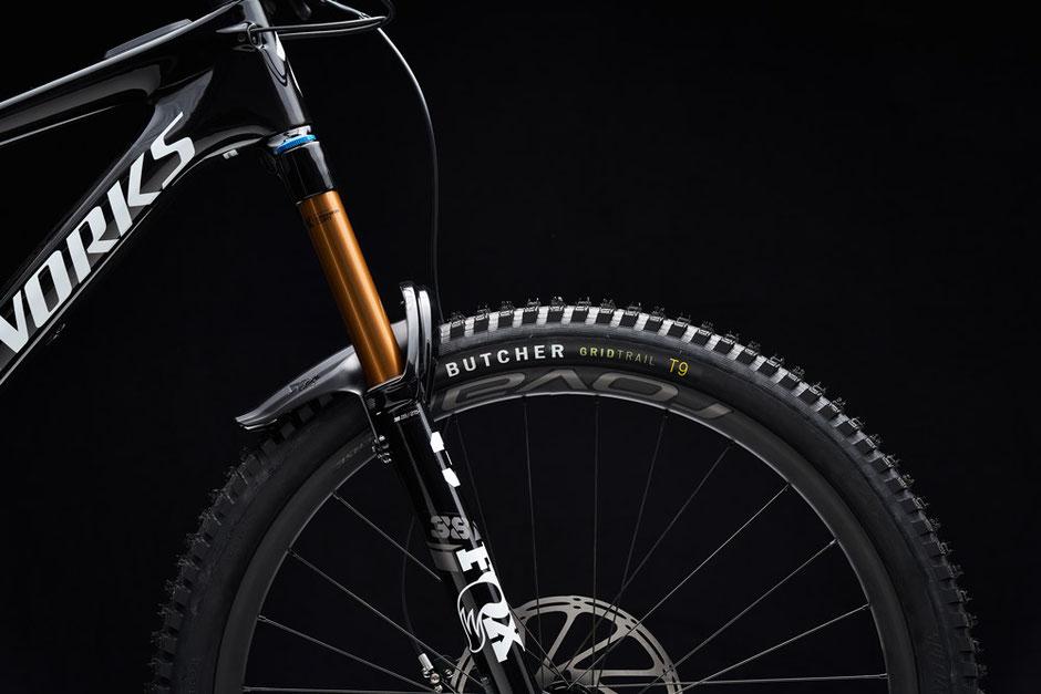 """FOX Fahrwerk und 29"""" Laufräder am Specialized Kenevo SL"""
