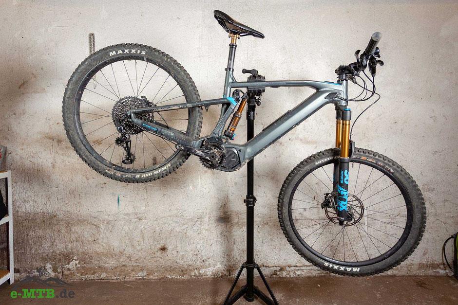 e-Mountainbike mit SRAM EX1 Schaltung