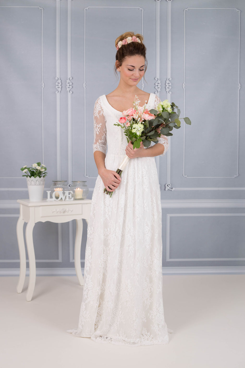 Vintage Brautkleid mit Spitzenärmeln