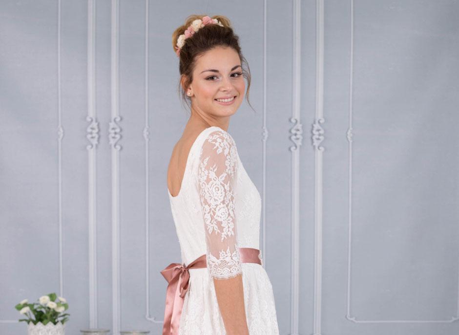 Romantisches Brautkleid im Vintage Shabby Stil - vintagebrauts Webseite!