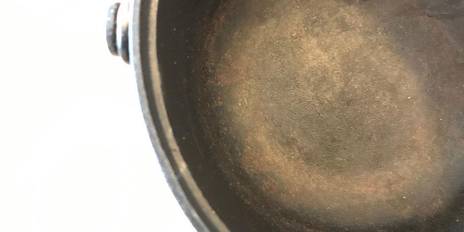 ダッチオーブン錆