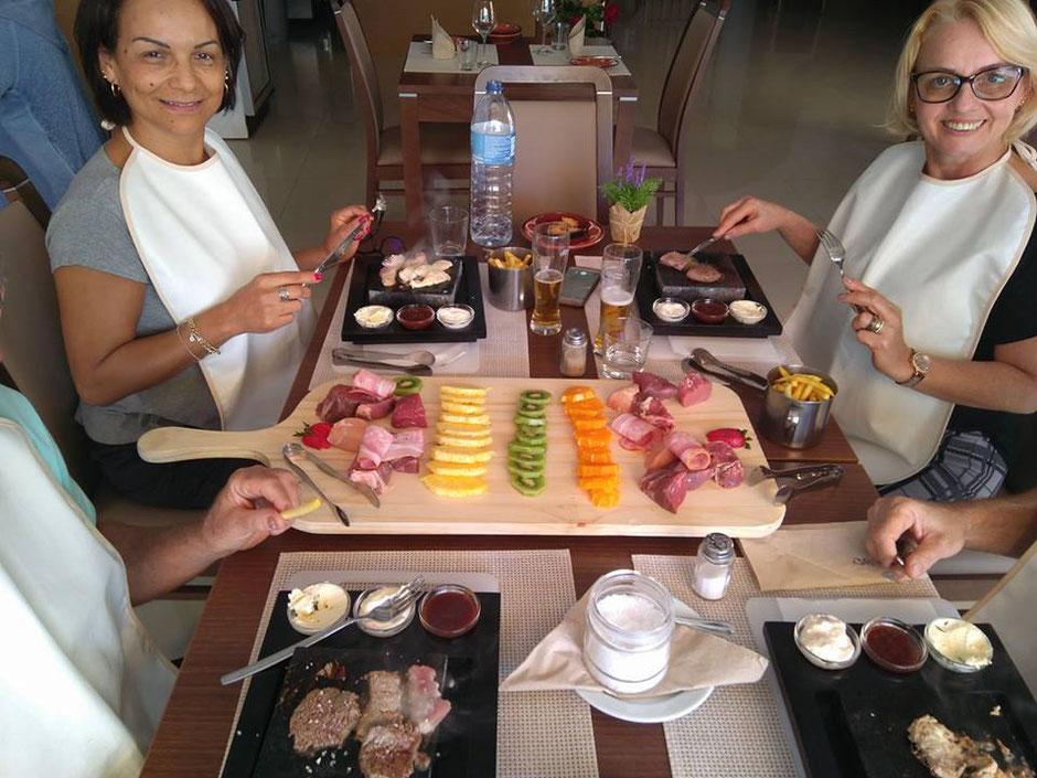 Restaurante Taberna Portuguesa in Carvoeiro,Lagoa,Algarve,Portugal geeignet für Gruppen Essen mit Spass.
