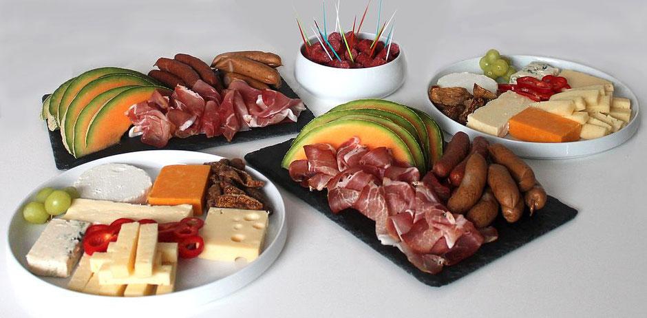 Algarve und Portugal Magazin,geeignete Informationen über  Petiscos und Tapas,beste Magazin über das Essen.