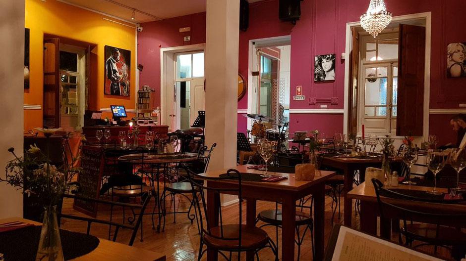 Café Inglês in Silves,Algarve,Portugal geeignet für Frühstück,Geburststagsfeier,Musik und Tanzen