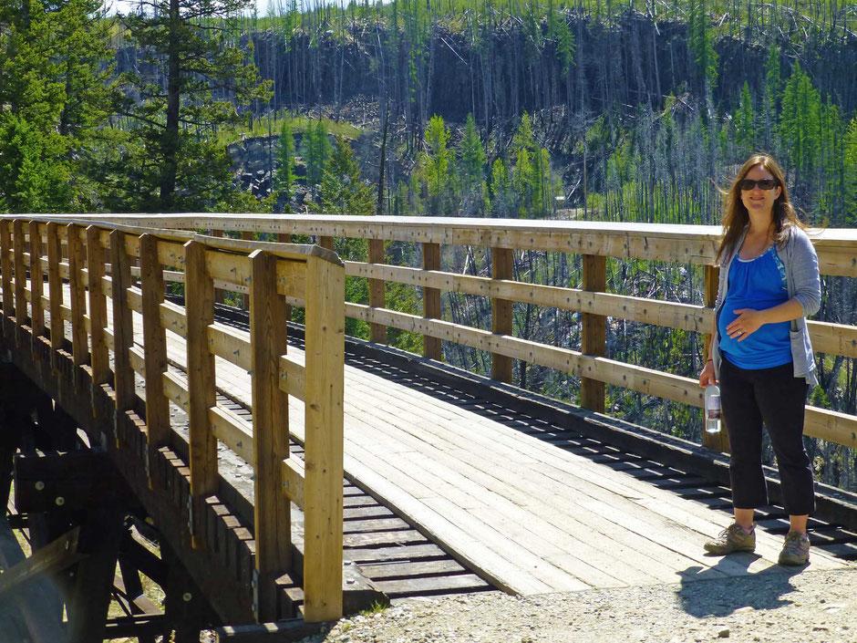Hiking Myra Trestle Bridge while pregnant