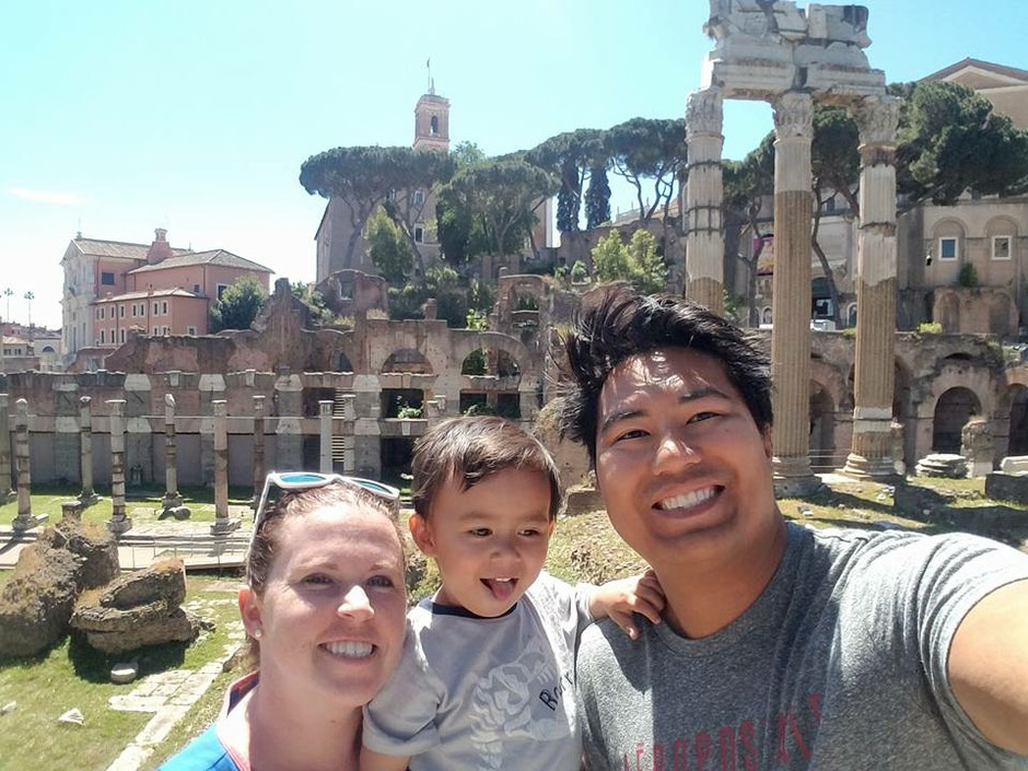 Nomadic family travel with toddler in Rome