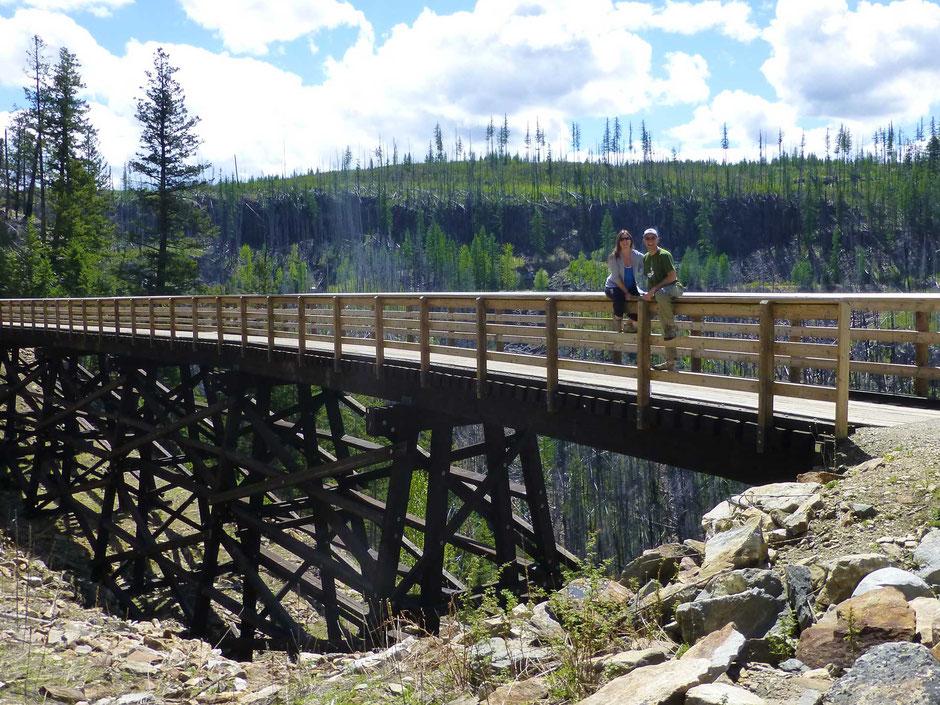Hiking while pregnant - travel babymoon