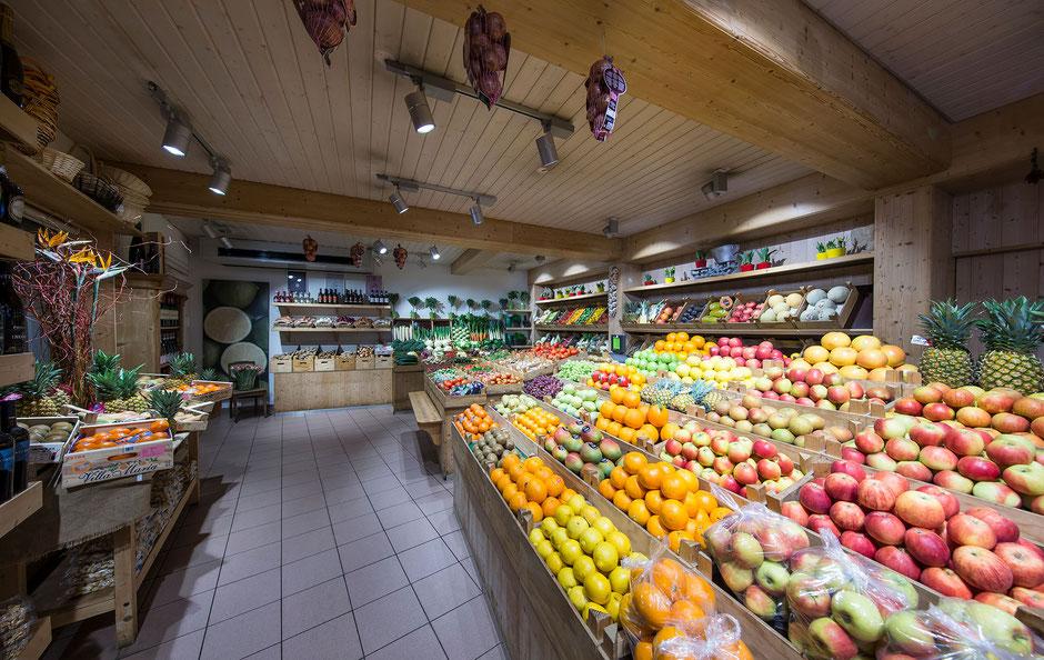 obst & mehr Ladengeschäft in der Dettinger Straße in Kirchheim/Teck