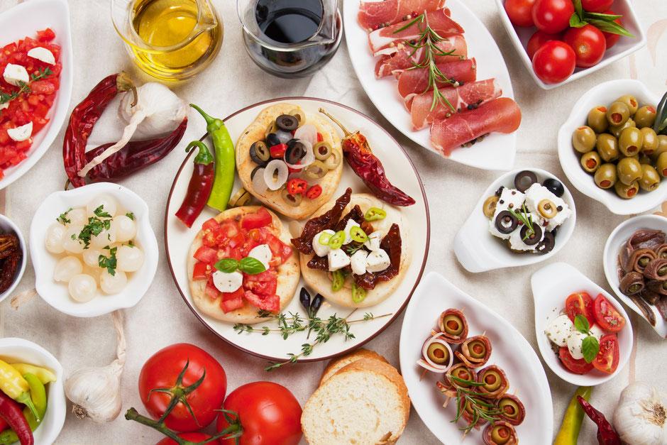 Catering mediterran, Kapern, Sardellen, Olivenöl