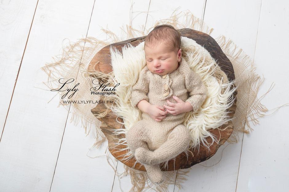 photographe près de garéoult. photo de bébé dans un cocoon de nature en toute simplicité #photographe #var #garéoult #lylyflash