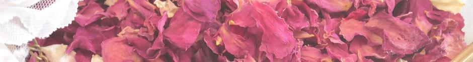 Pétales de rose séchés, garantis sans traitement ni presticide, produits dans le sud de la France par la cinquième saison.