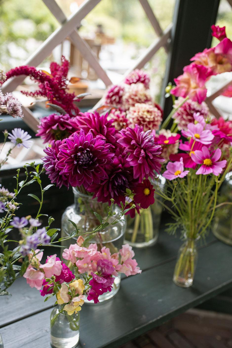 Slowflowers, Gabel und Spaten, Nachhaltige Hochzeitsfloristik, Hochzeitsfotografie Janine Piontek