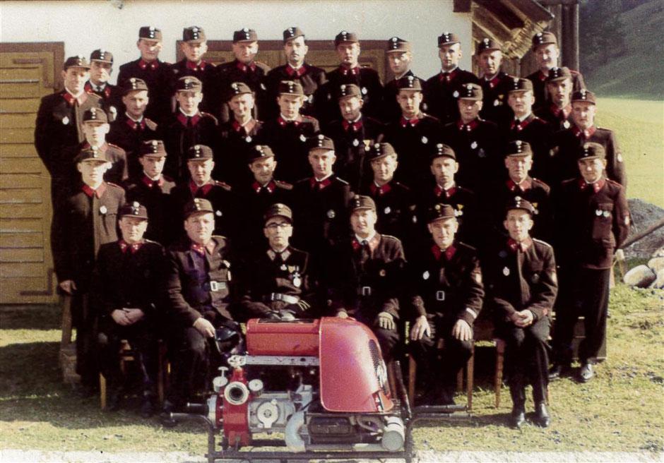 Freiwillige Feuerwehr Palfau - Mannschaftsfoto 1965