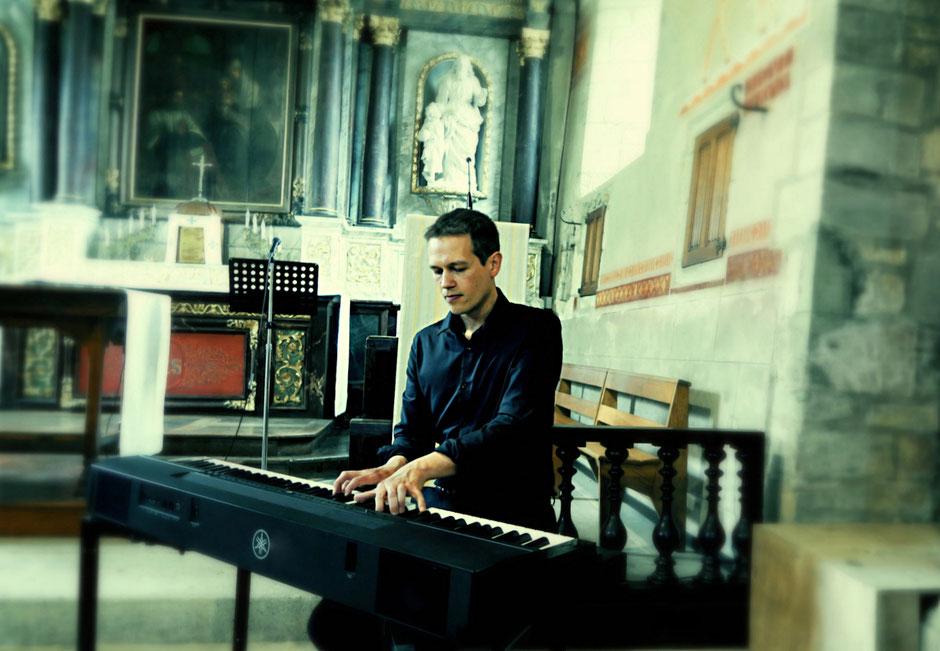 Chant d'église pour messe de mariage chrétien •chanteuse & pianiste •animation de messe •PARIS Blois  Vendôme • Chambord  Romorantin-Lanthenay Cheverny  Sologne • LOIR-ET-CHER