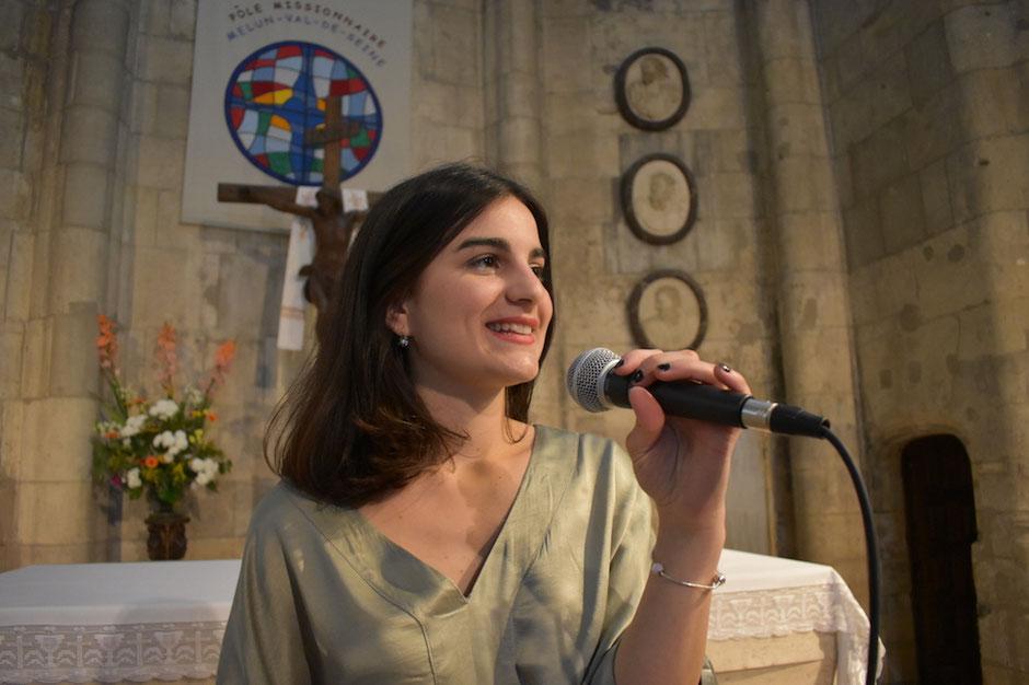 Animation de messe de mariage LOIR et CHER Blois Chambord Vendôme •chanteuse animatrice & pianiste •chant d'église •musique sacrée pour mariage •gospel •tarif