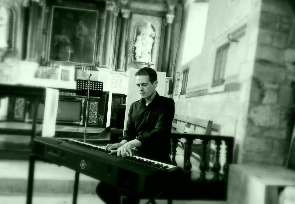 Chanteurs musiciens, groupe de musique pour messe de mariage à l'église •gospel liturgique variété internationale classique •Poitiers Tours Amboise Châteauroux Orléans Blois