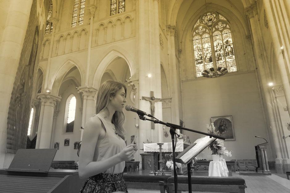 Chanteuse animatrice liturgique & pianiste •animtion de messe de mariage à l'église •chant chrétien gospel • Mayenne Maine et Loire Sarthe Indre et Loire •tarif prix