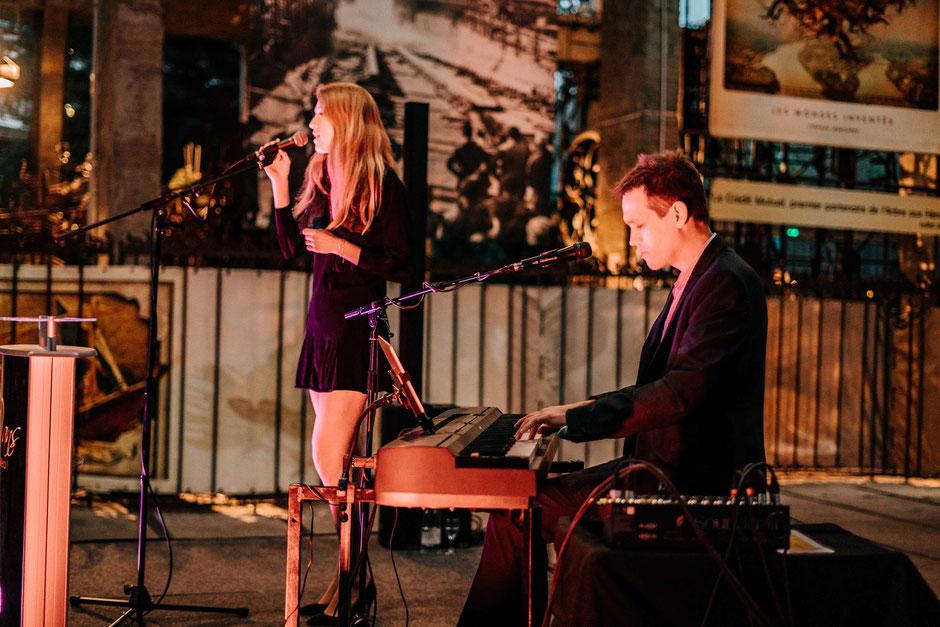 Musiciens chanteurs, groupe de musique pour événement lounge PARIS •musique live, animation, cocktail, salon, repas, vin d'honneur, mariage