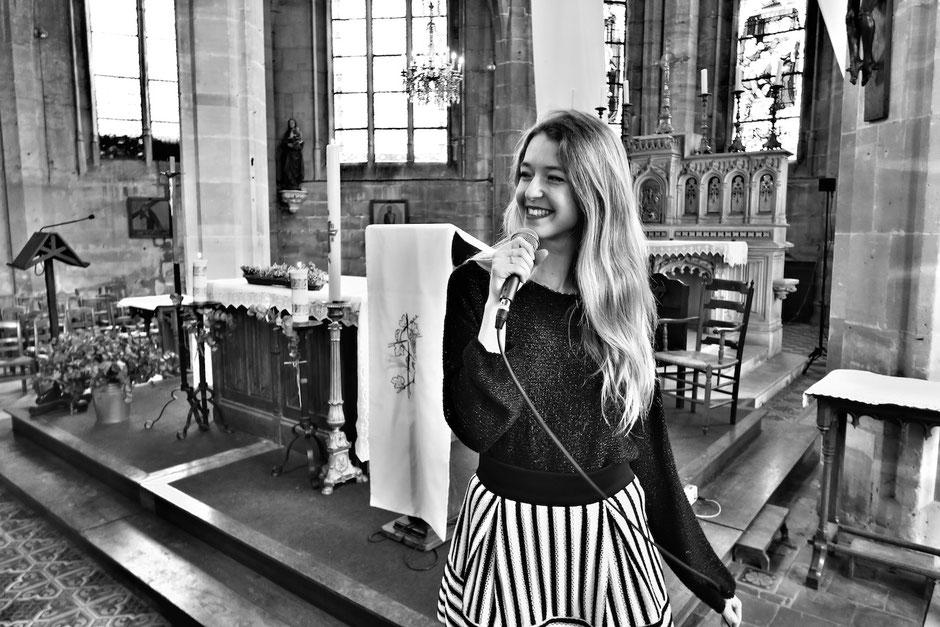chanteuse & pianiste •musiciens chanteurs •animation messe de mariage •chant religieux gospel liturgique classique •Nantes Rennes Tours Le Havre Evreux Honfleur Laval Orléans