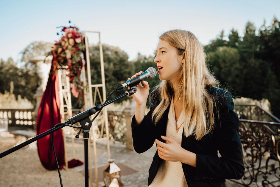 Animation musicale de mariage en Bretagne •cérémonie laïque + vin d'honneur pop jazz lounge •chanteuse & pianiste, musiciens en Ille et Vilaine, Cotes d'Armor, Morbihan