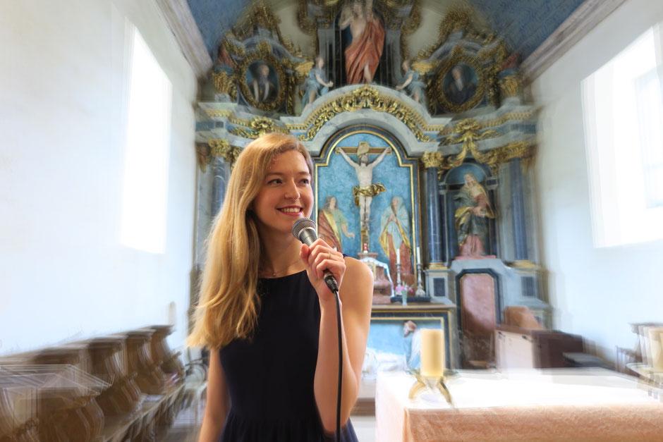Chanteuse pour messe de mariage à l'église •Rouen Le Havre Dieppe