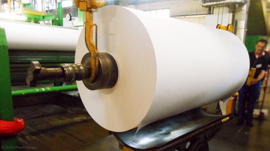 bobine fraichement produite chez lana papiers du son pour changer