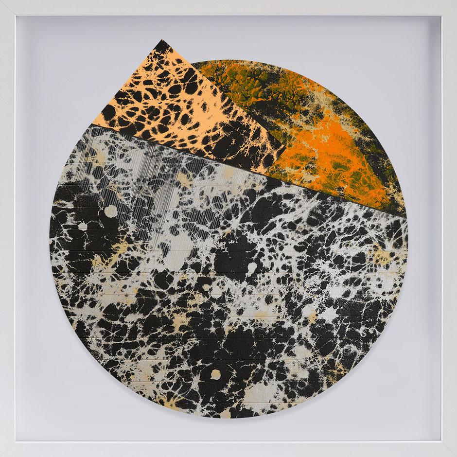 Katharina Lehmann, Transcendent Shapes no. 7, Ø 33 cm, 2019 · framed