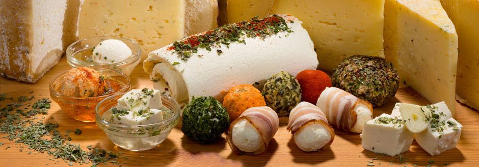 Verschiedene köstliche Produkte der GenussRegion Großarltaler Bergbauernkäse