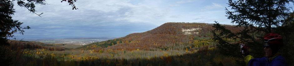 Blick vom Aussichtspunkt Mössinger Bergrutsch